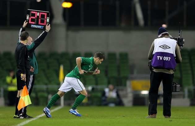 Wes Hoolahan come on in the 2nd half