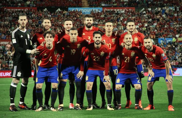 Football - Europe: World Cup - Qualification - Spain vs Albania