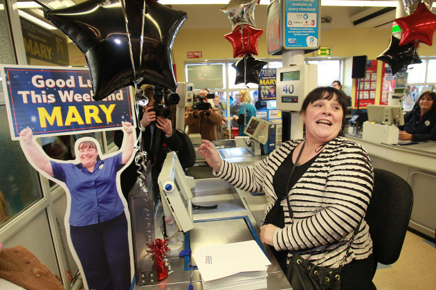 X Factor's Mary Byrne returns to Ballyfermot - Dublin