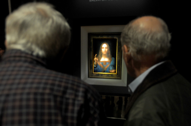 Leonardo Da Vinci Salvator Mundi Smashes Records With $450.3 Million Sale