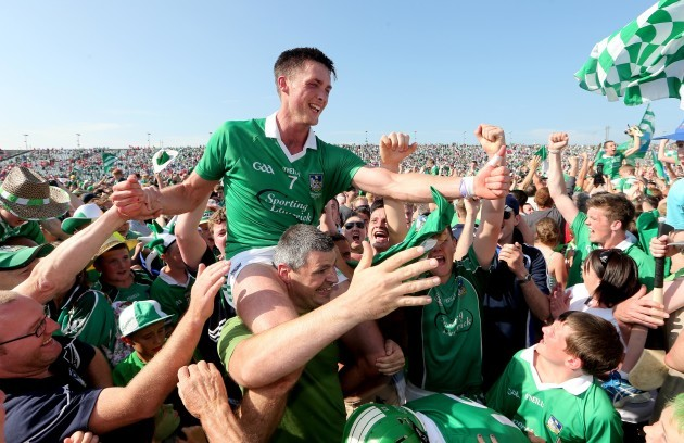 Gavin O'Mahony is carried from the field by fans