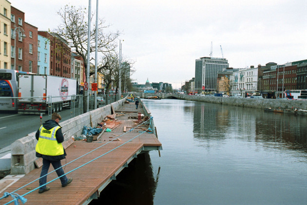 RIVER LIFFEY BOARDWALK DUBLIN SCENES PICTORIAL