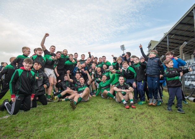 Nemo Rangers celebrate with the trophy after the game