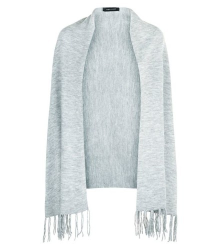 pale-grey-fringe-hem-ribbed-wrap