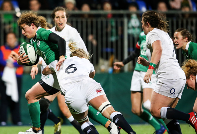 Jenny Murphy on the attack with Larissa Muldoon in support