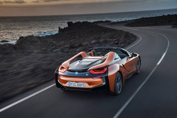 Bmw I8 Hybrid Supercar Loses Its Top But Keeps Its Cool