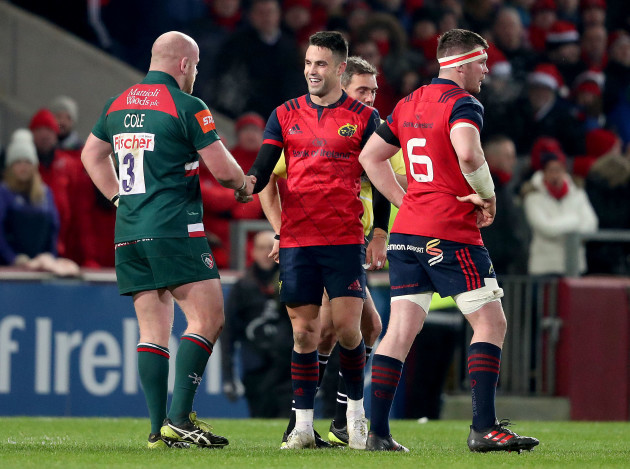 Dan Cole and Conor Murray shake hands during the game