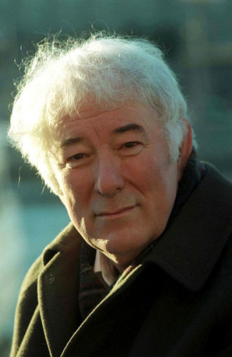 NOBEL PRIZEWINNER SEAMUS HEANEY  IN STOCKHOLM,DURING A STROLL IN THE CITY BEFORE HE RECEIVES HIS PRIZE. 9/12/1995 PIC PHOTOCALL IRELAND