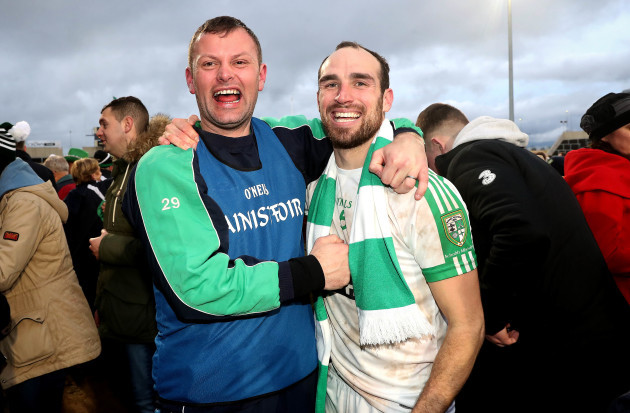 Kevin Murnaghan and Ross Galvin celebrate after the game 17/12/2017
