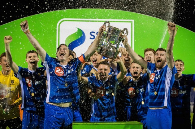 Kenny Browne and Patrick McClean lift The SSE Airtricity League First Division