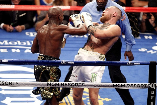 Floyd Mayweather Jr. in action against Conor McGregor
