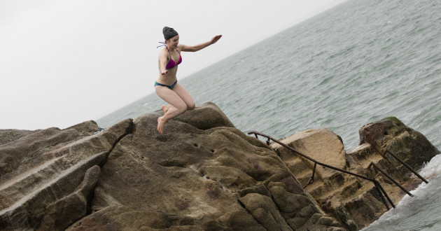 FORTY FOOT XMAS SWIM 758A2785_90532924