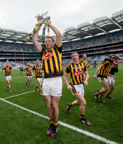 Michael Fennelly lifts the Liam McCarthy