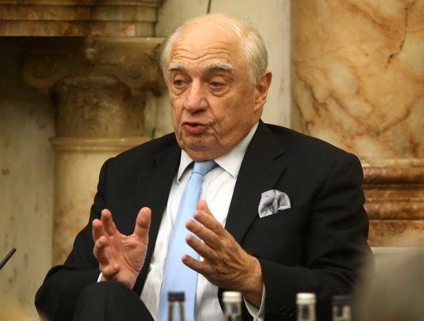 File Photo Peter Sutherland Has Dies. End.