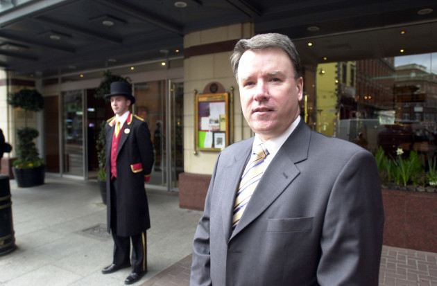 PAT MC CANN JURYS HOTELS PORTRAIT LANDSCAPE DOORMEN