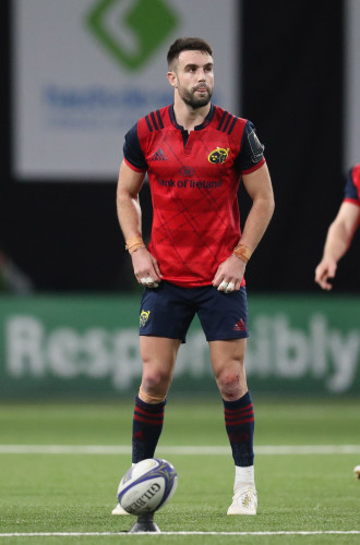 Conor Murray lines up a penalty
