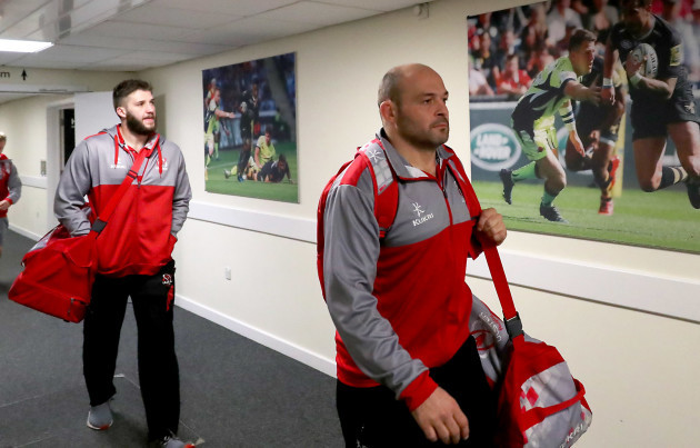 Rory Best and Stuart McCloskey arrive 21/1/2018