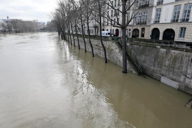 France: The River Seine Floods in Paris