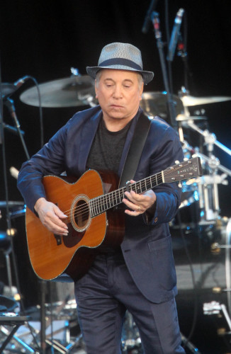 Paul Simon to retire from touring