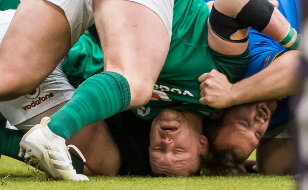 Andrew Porter and Andrea Lovotti at the bottom of a collapsed scrum