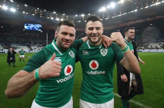 Fergus McFadden and Robbie Henshaw celebrate winning
