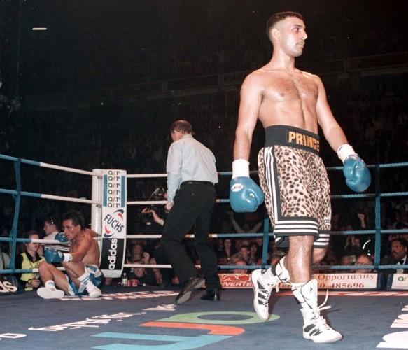 Boxing Naseem v Molina 2