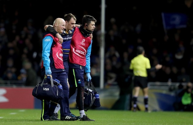 Rhys Ruddock leaves the field due to injury