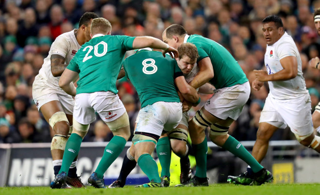 Dan Leavy, Jamie Heaslip and Devin Toner tackle Joe Launchbury