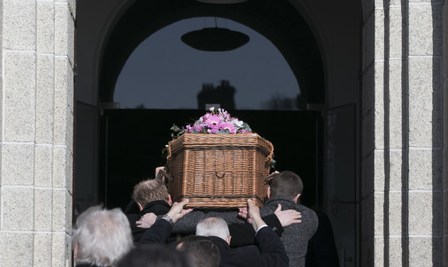 funeral 706_90539086