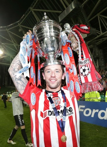 Rory Patterson with the FAI Cup