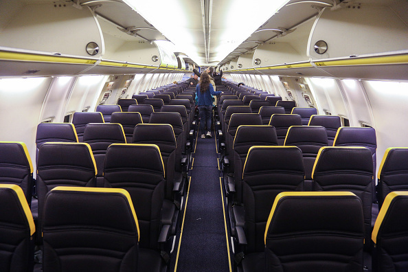 Ryanair  changes cabin luggage