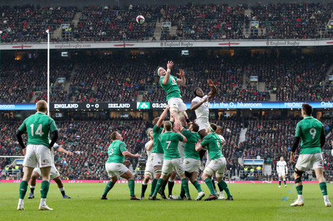 Maro Itoje and Iain Henderson contest a line-out