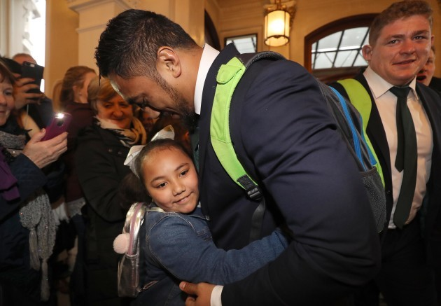 Bundee Aki with his daughter Adrianna