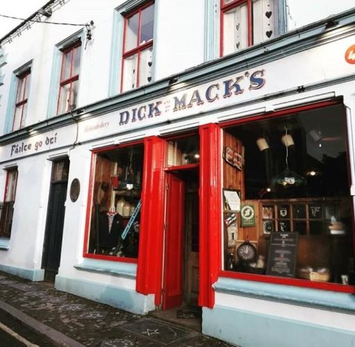 Dick in a shop