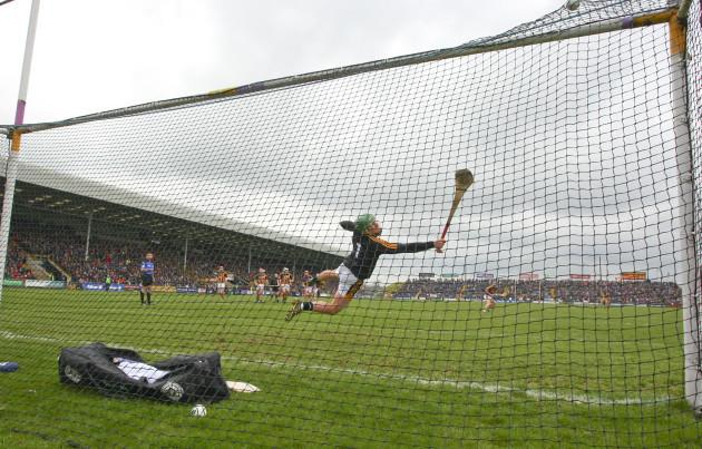 Aidan Nolan scores a penalty