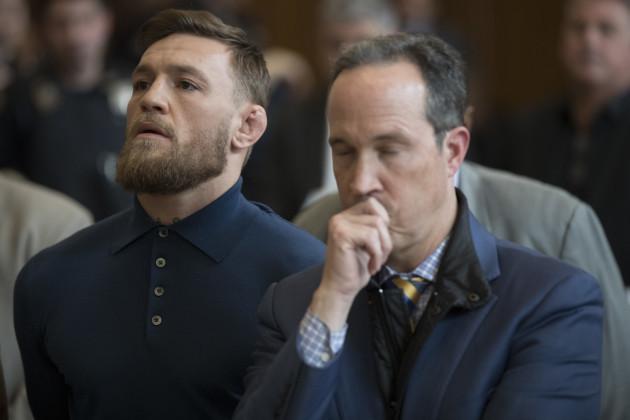 CORRECTION UFC McGregor Scuffle