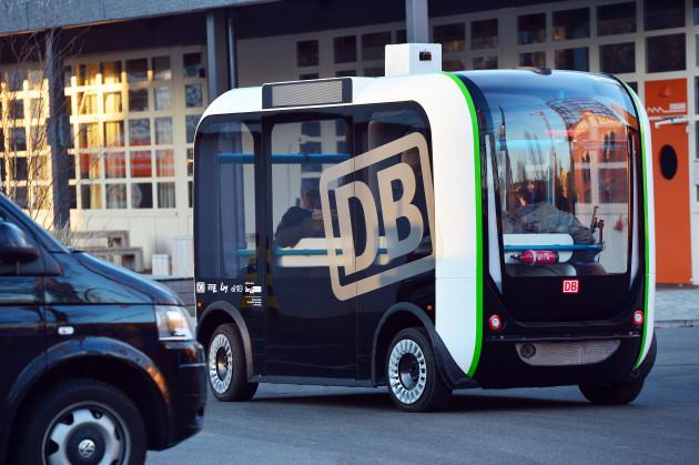 Test run of driverless mini bus 'Olli'