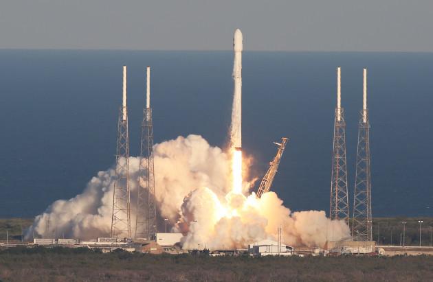 SpaceX Falcon 9 Launch - Cape Canaveral