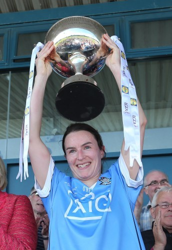 Sinead Aherne lifts the cup