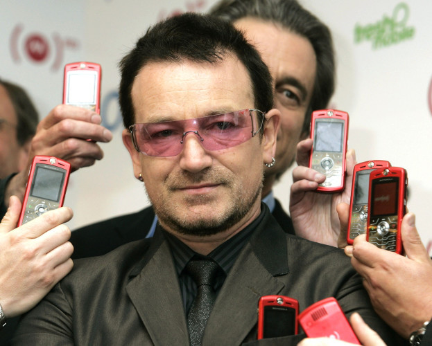 Bono promotes motorola red carphone for charity, Oxford Street - London