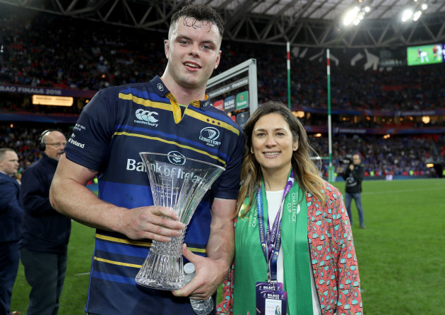 James Ryan receives the Heineken Man of the Match award from Marta Garcia