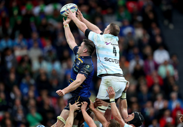 James Ryan and Donnacha Ryan compete in the line out