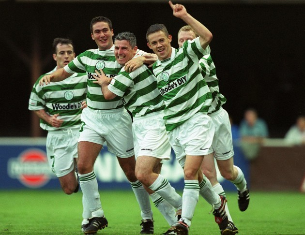Rovers players celebrate 22/8/1999