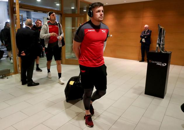 Steff Evans arrives