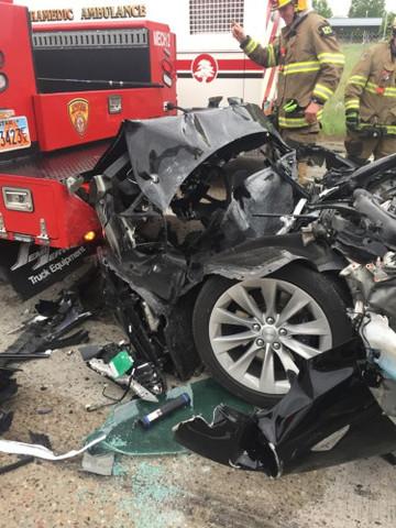 Tesla Crash-Utah