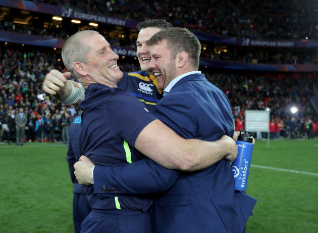 Stuart Lancaster, Jonathan Sexton and Sean O'Brien celebrate after the game