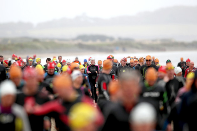 Competitors at the Pulse Port Beach Triathlon