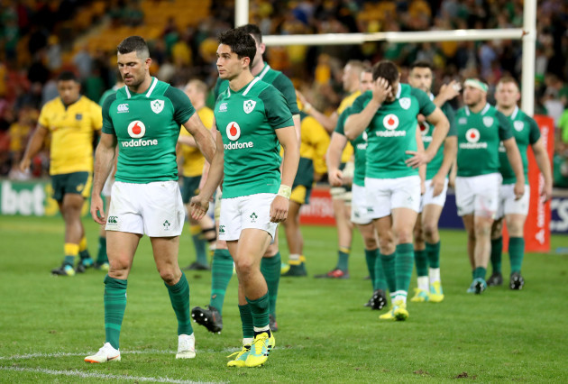 Rob Kearney and Joey Carbery dejected after the game