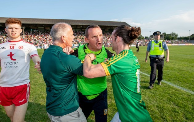 Andy McEntee vents his frustration at the officials at the full time whistle