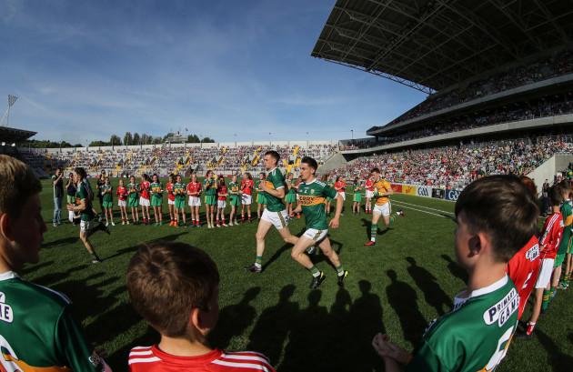 Brian O'Beaglaoich makes his way out